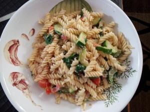 Pasta with spinach and Greek yogurt