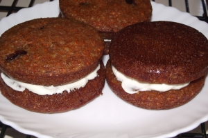 Carrot Cake Whoopie Pie with Cream Cheese Frosting